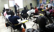 Titre: Une première formation sur l'accessibilité universelle à Haïti Tec